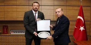Cumhurbaşkanı Erdoğan'dan TBF'ye ziyaret!