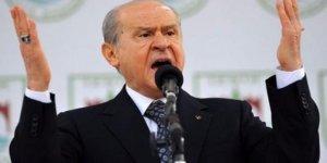 MHP'de yaprak dökümü devam ediyor: Bir ilçe yönetimi daha istifa etti