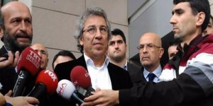 AYM Kararına tepkiler gecikmedi; AK Parti 'çok sevinçli'