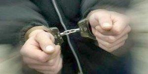 Uşak merkezli FETÖ operasyonuna 14 gözaltı