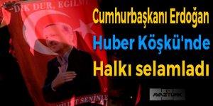 Cumhurbaşkanı Erdoğan balkonda halka hitap etti!