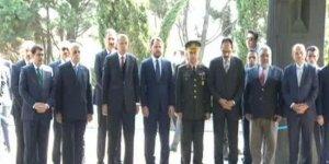 Cumhurbaşkanı Erdoğan'dan, Turgut Özal'ın kabrine ziyaret