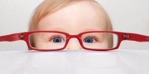 Çocuğunuzun gözlerinde bu belirtiler varsa dikkat!