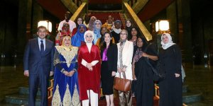 Emine Erdoğan, Afrikalı ninni sanatçılarını kabul etti!