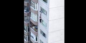 Ellerinden kayan eşi 8'inci kattan aşağı düştü