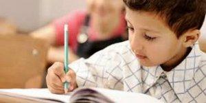 Okullarda 'bitişik eğik el yazısı' kalktı!