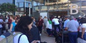 Paris'te havaalanı boşaltılıyor!