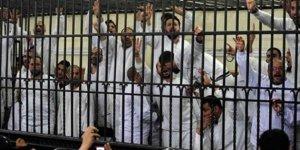 Mısır'da darbe karşıtlarına idam!