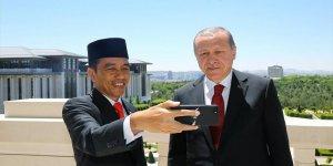 Endonezya Cumhurbaşkanı, Erdoğan'la selfie çekti