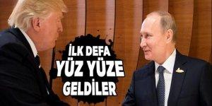 Trump ile Putin ilk defa karşılaştı!