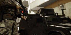 Küçükçekmece'de Silahlı Çatışma: 3 Yaralı