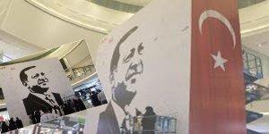 Katar'da dev Erdoğan posteri asıldı!