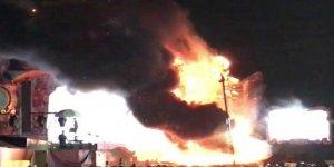 Müzik festivalinde yangın! 22 bin kişi tahliye edildi