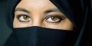 Mısır'da burka ve peçe yasağı!