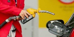 Benzin ve motorin fiyatlarına indirim geldi!