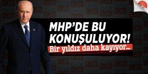 MHP'de bu konuşuluyor! Bir yıldız daha kayıyor…