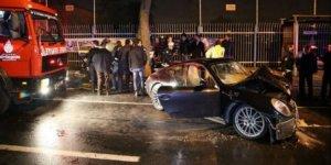 Polis aracına çarpan Rüzgar Çetin'den olay tweet