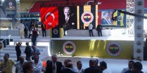 Fenerbahçe'nin tarihi kongresi başladı! Yıldırım ve Koç'un listeleri belli oldu