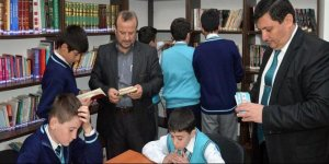 Emekli memurdan örnek davranış: 13 kütüphane kurdu