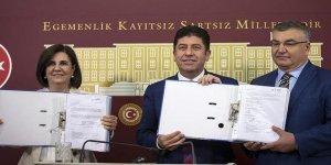 CHP'de imza toplama süreci sona erdi! Muhaliflerden ilk açıklama