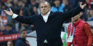 Fatih Terim, Akhisar mağlubiyeti sonrası oyuncularını topa tuttu