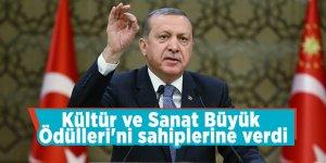 Başkan Erdoğan, Kültür ve Sanat Büyük Ödülleri'ni sahiplerine verdi