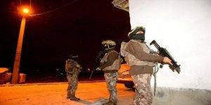 Eskişehir'de Özel Harekat destekli uyuşturucu operasyonu: 33 gözaltı