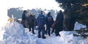 Uludağ'da panik! Çok sayıda kişi kar altında kaldı