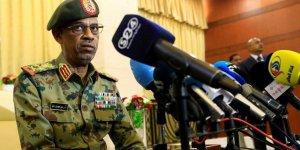 Sudan Savunma Bakanı gözaltına alındı