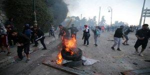 Cezayir'deki gösterilerde 108 eylemci gözaltına alındı