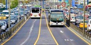 Deprem sonrası İstanbul'da metrobüs sayısı artırıldı