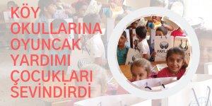 Köy okullarına oyuncak yardımı çocukları sevindirdi