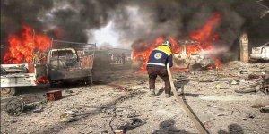 Esad rejimi İdlib'in her yerini vuruyor