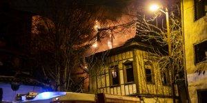 Ankara'da yangın: 2 konak kül oldu