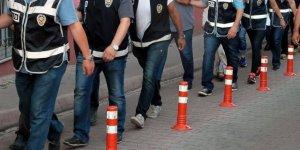 İzmir'de FETÖ'den  31 gözaltı