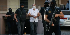 İzmir'de yakalanan DHKP-C'nin Kasası CHP eski yöneticisi tutuklandı