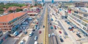 Başkent Ankara'da yolun karşısına geçerken otomobilin çarptığı yaya hayatını kaybetti