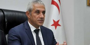 Hasan Taçoy: Mustafa Akıncı bu tehlikeli oyunu bırakmalı!