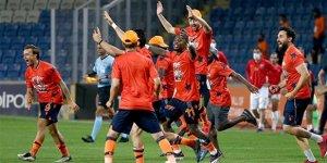 Medipol Başakşehir Süper Lig'in şampiyonu oldu!