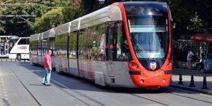 Ayasofya'da izdihamı önlemek için tramvay seferleri durduruldu
