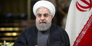 Hasan Ruhani: Aşı bulununcaya kadar tedbirleri sürdüreceğiz!