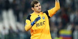 Real Madrid'in efsane kalecisi Casillas futbolu bıraktığını duyurdu!