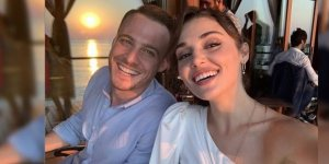 Hande Erçel ve Kerem Bürsin birlikte fotoğraf paylaştı! Milyonlarca beğeni yağdı