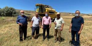 Pursaklar Belediye Başkanı Ertuğrul Çetin çiftçileri ziyaret etti!