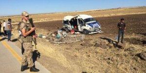 Şanlıurfa'da tarım işçilerini taşıyan minibüs devrildi: 1 kişi öldü 25 kişi yaralandı