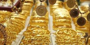 Gram Altın 484 liradan işlem görüyor! Çeyrek 795 lira, Cumhuriyet altını 3.250 liradan satılıyor