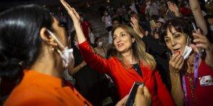 CHP Kadın Kolları Genel Başkanlığı'nı Aylin Nazlıaka kazandı!