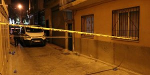 İzmir'de bir kadın vücudundaki cam kesikleriyle evde ölü bulundu!
