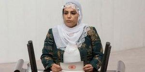 HDP'li Remziye Tosun'a terör örgütü üyeliğinden 10 yıl hapis!