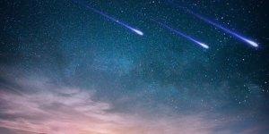 İki gök taşı Dünya'nın yakınından geçti!
